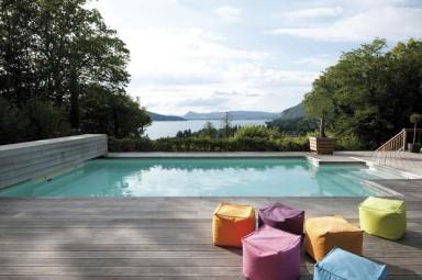 Piscinas exteriores piscinas desjoyaux - Piscinas enterradas ...