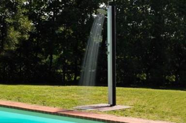 Accesorios piscinas desjoyaux for Duchas para piscina