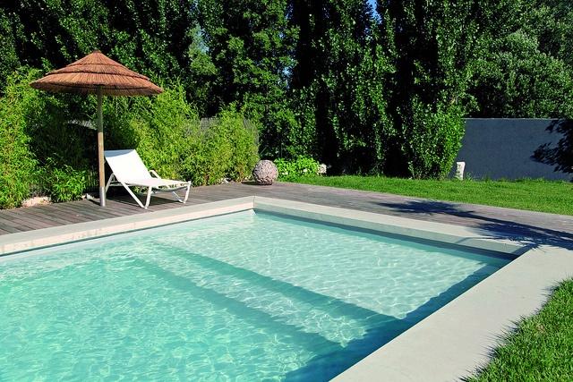 escaleras para piscinas | piscinas desjoyaux