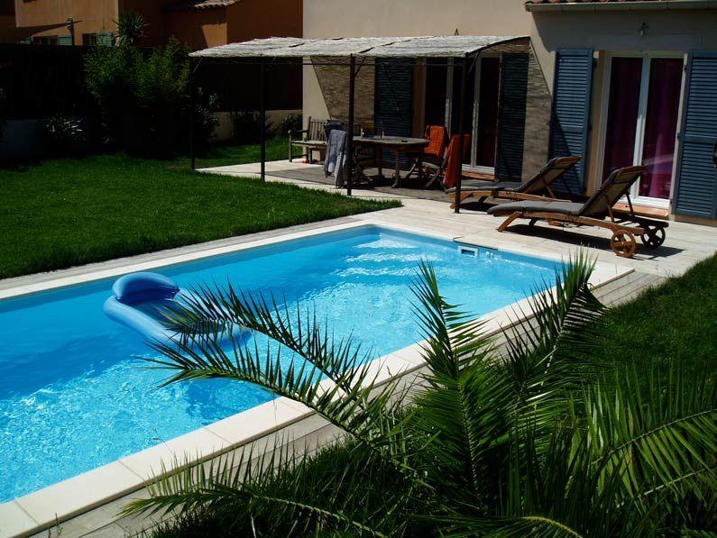 Formas est ndar piscinas desjoyaux for Piscinas de plastico rectangulares