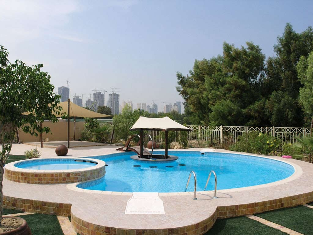 Piscinas de dise o piscinas desjoyaux for Disenos para albercas