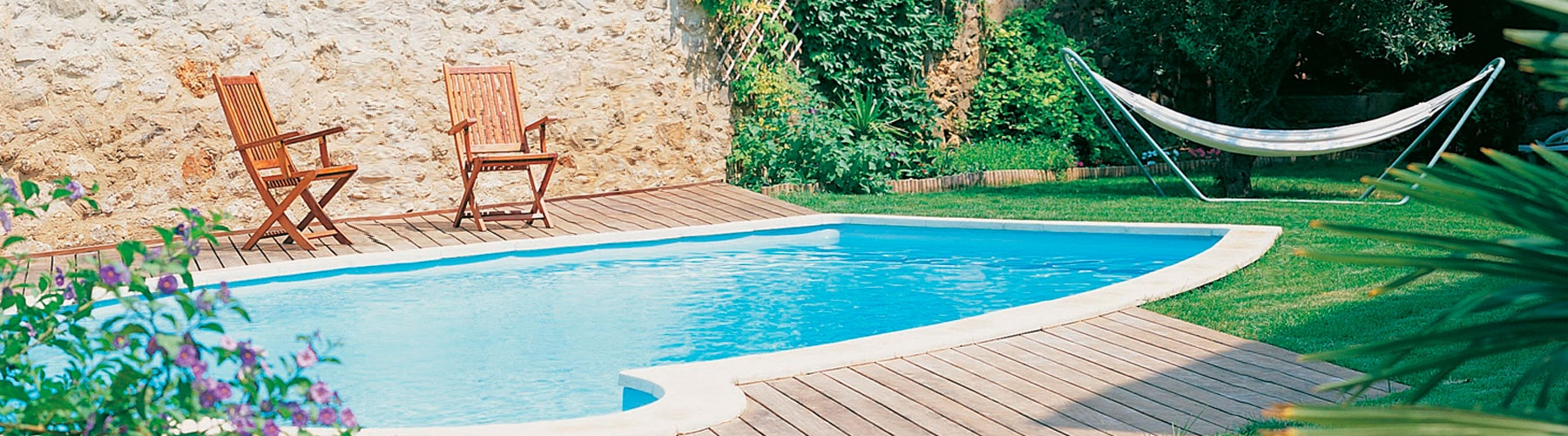 Como hacer tu propia piscina piscinas con palets with for Como hacer tu propia alberca